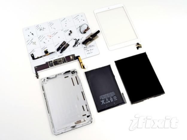 iPad mini smontato da iFixit - Tutti i componenti