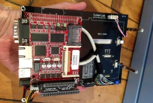 Prototipo iPhone 8,6 pollici - L'interno
