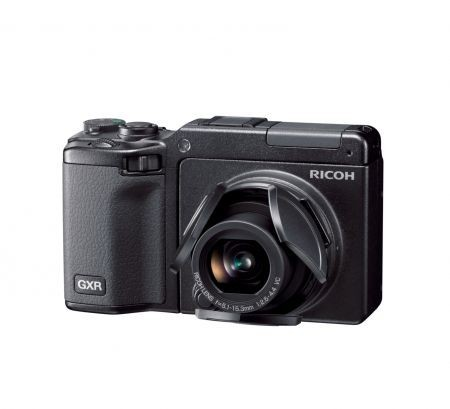 Ricoh CX2 e GXR: fotocamere digitali per l'estate 2010