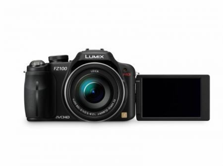 Panasonic LUMIX DMC FT10, FX700, FZ45, FZ100, LX5 all'IFA 2010