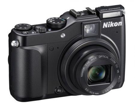 Nikon Coolpix P7000: fotocamera di fascia alta per scatti creativi