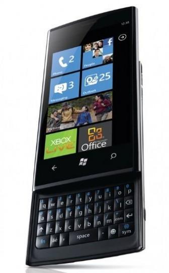 Dell Venue Pro: Windows Phone 7 su display da 4.1 pollici