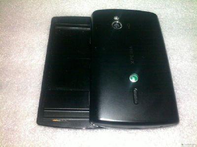 Sony Ericsson: prime immagini del successore dell'Xperia X10 Mini Pro