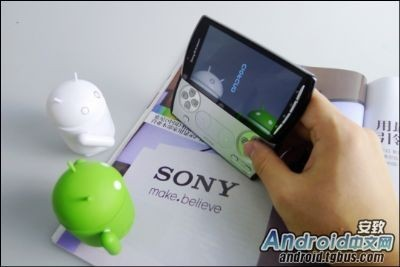 Sony Ericsson Xperia Play, anteprima