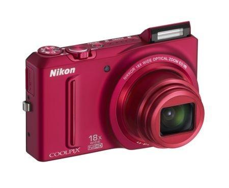 Fotocamere Nikon Coolpix: nuove compatte Serie S pratiche e alla moda