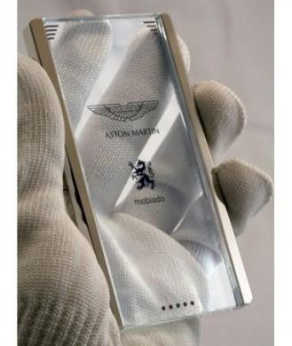 Mobiado Aston Martin: cellulare di lusso con schermo trasparente