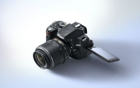 Nikon D5100: reflex digitale creativa con schermo ad angolazione variabile