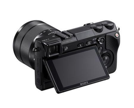 Sony NEX-7, fotocamera compatta da 24,3 Megapixel