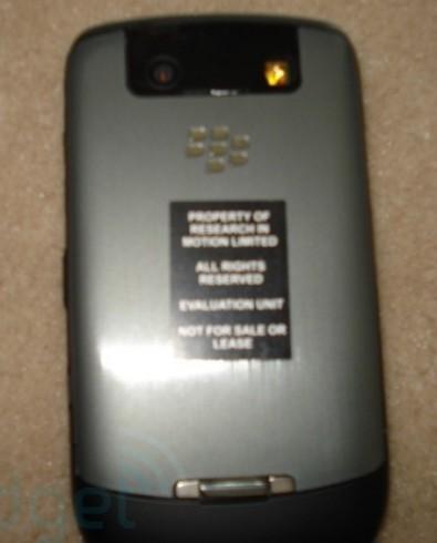 Anteprima le prime foto del BlackBerry Javelin