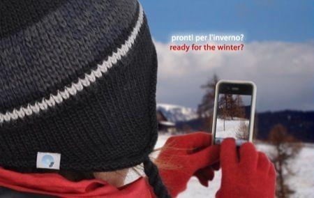 Idee regalo San Valentino dell'ultima ora: paraorecchie Mp3, mini speaker e guanti touchscreen