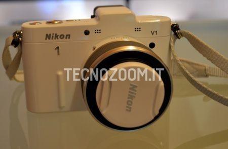 Nikon V1, la mirrorless