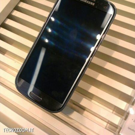 Samsung Galaxy S3, foto LIVE e ufficiali