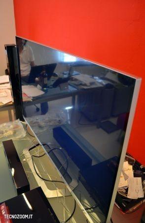 Smart TV 3D LG 47LM670, spessore della cornice