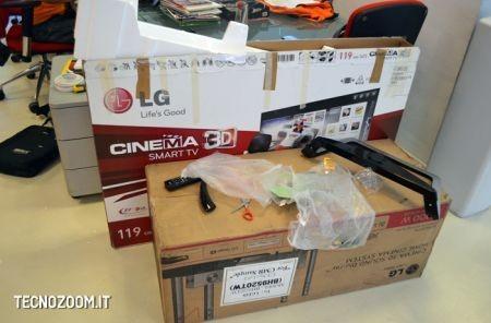 Smart TV 3D LG 47LM670, contenuto della scatola