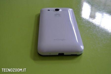 Huawei Honour, visto dal basso