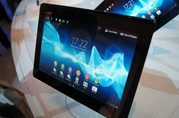 IFA 2012: Sony Xperia Tablet S, pensato per la multimedialità [FOTO e VIDEO]