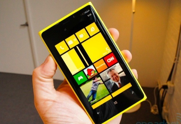 Nokia Lumia 920, il nuovo smartphone con Windows Phone 8 [FOTO]