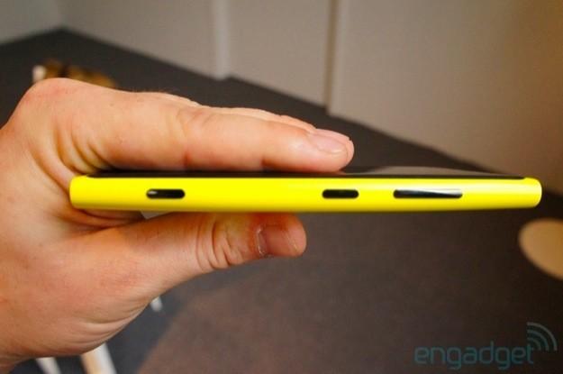 Nokia Lumia 920 - Profilo 1