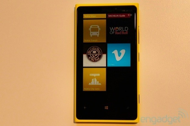 Nokia Lumia 920 - Fronte 2