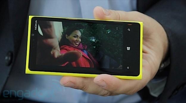 Nokia Lumia 920 - Dimensioni