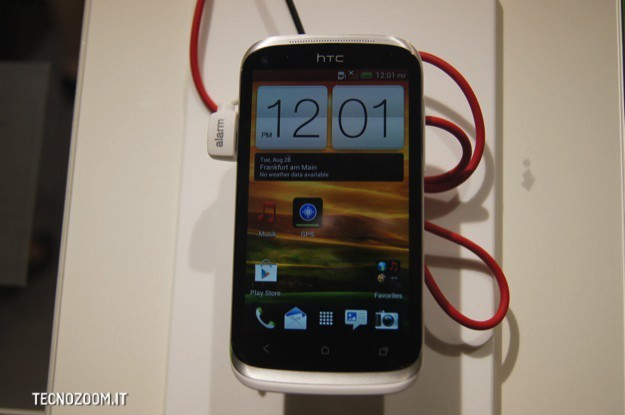 IFA 2012: HTC Desire X, smartphone entry level con Android ICS [VIDEO]