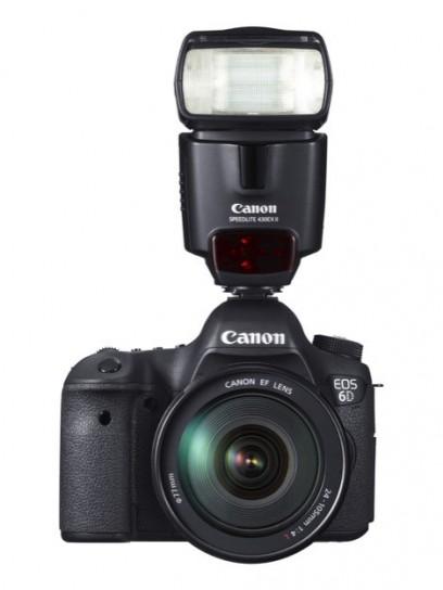 Canon EOS 6D - Fronte con flash