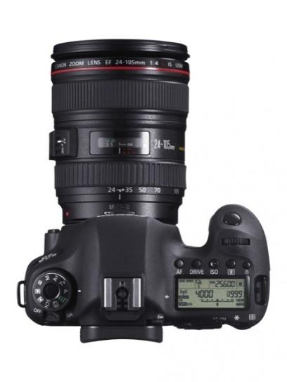 Canon EOS 6D - Superiore con obiettivo 1
