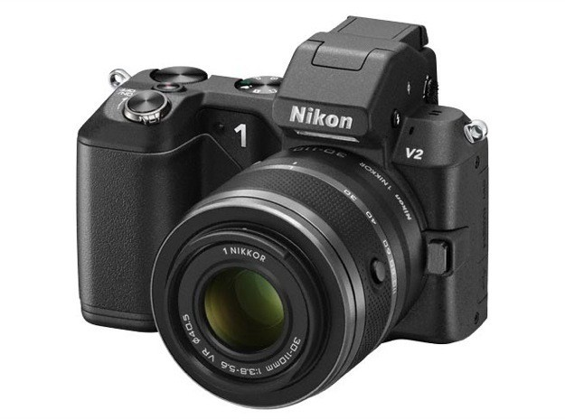 Nikon 1 V2, nuova mirrorless da 14 Megapixel [FOTO]