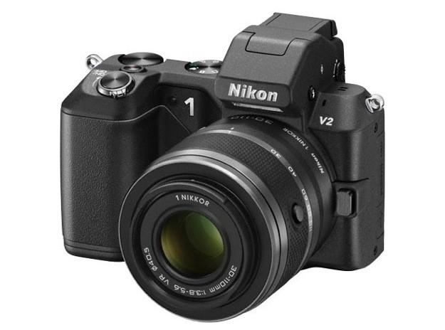 Nikon 1 V2, nuova mirrorless da 14 Megapixel [FOTO]
