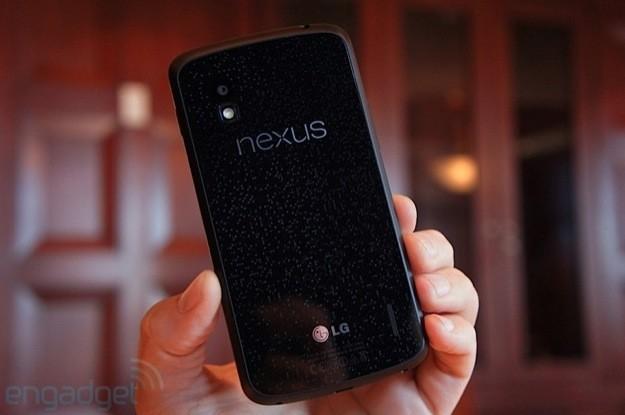 LG Nexus 4 - Retro