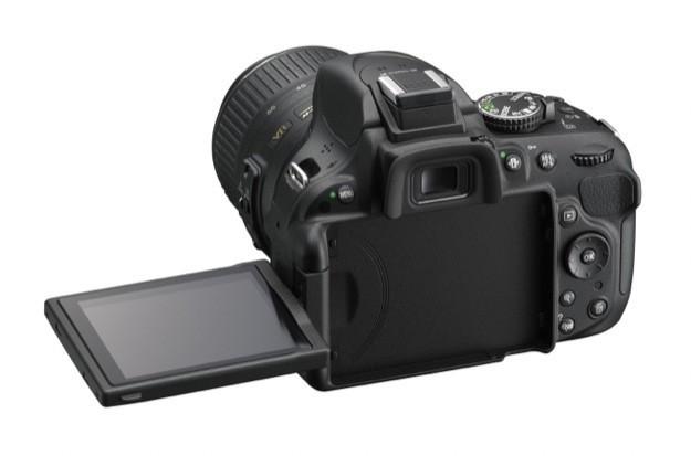 Nikon D5200 - Display aperto