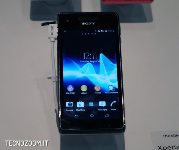 IFA 2012: Sony Xperia V, alte prestazioni e massima resistenza all'acqua [FOTO e VIDEO]