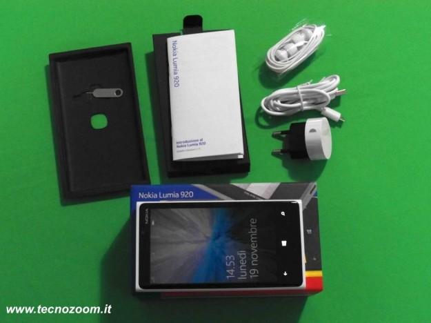 Nokia Lumia 920 confezione acquisto componenti