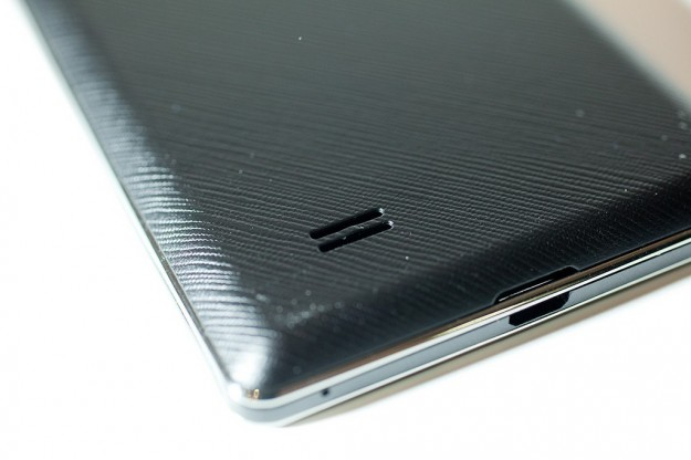 LG Optimus 4X HD altoparlante