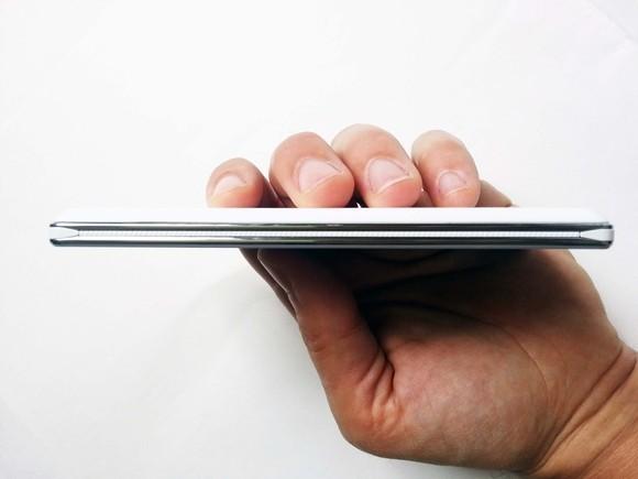 LG Optimus 4X HD spessore