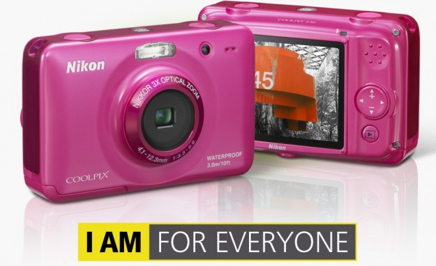 Nikon Coolpix S30: fotocamera per bambini per Natale 2012 [FOTO]