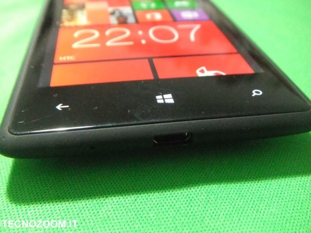 HTC 8X fondo