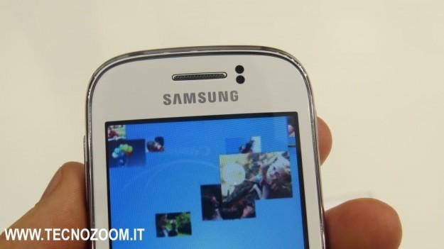 Samsung Galaxy Young parte superiore
