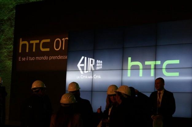 HTC One presentazione nella Nuvola di Fuksas