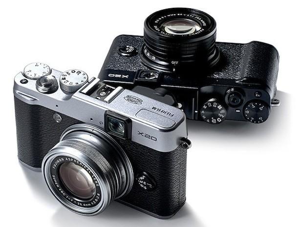 Fujifilm X20 nera e grigia