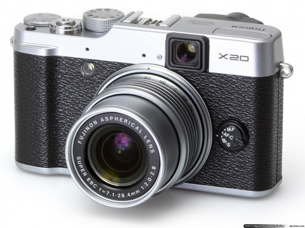 Fujifilm X20 di colore grigio