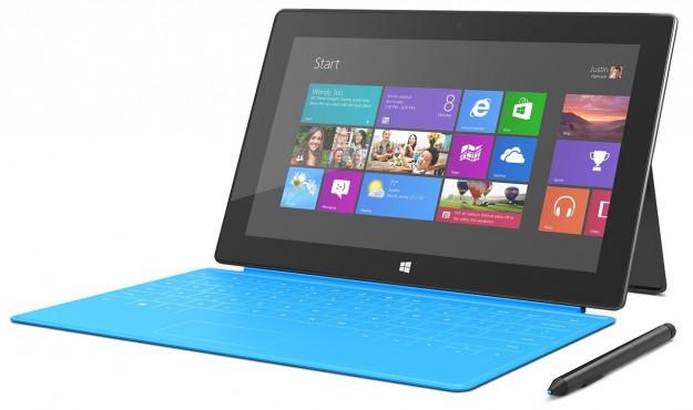 Microsoft Surface Pro con tastiera blu