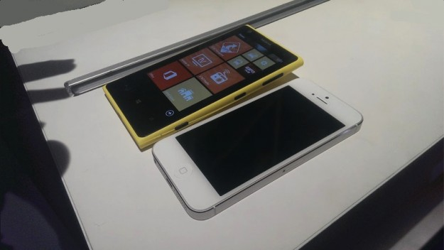 iPhone 5 vs Nokia Lumia 1020: il confronto [FOTO]