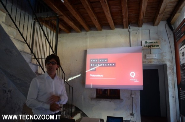 Blackberry Q5 presentazione