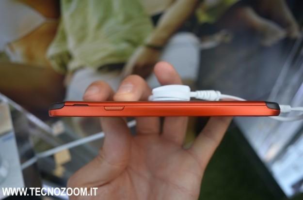 Samsung Galaxy S4 Active spessore