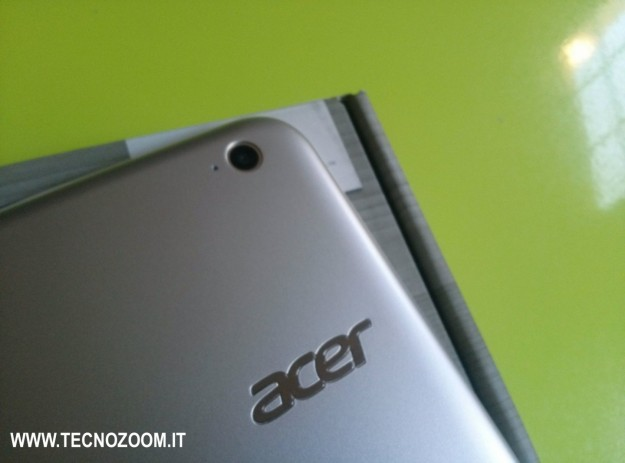 Acer Iconia W3 fotocamera posteriore