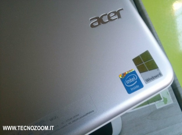 Acer Iconia W3 loghi