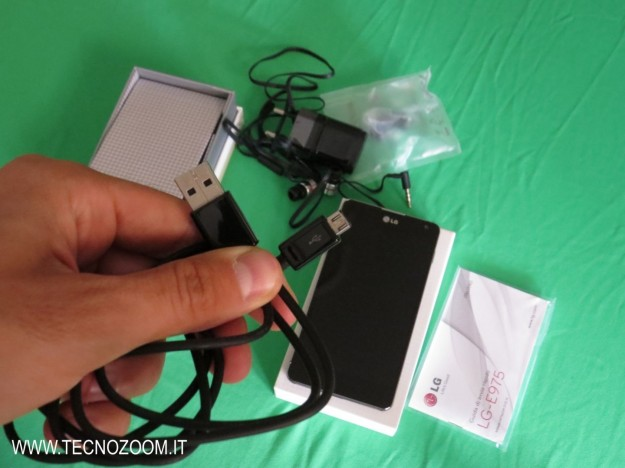 LG Optimus G cavo USB