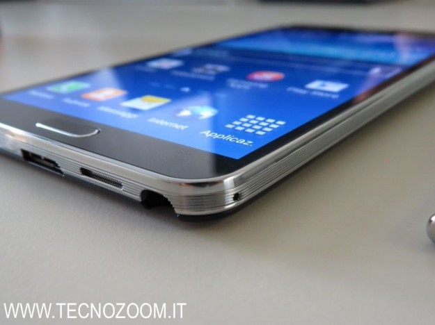 Samsung Galaxy Note 3 ingresso pennino