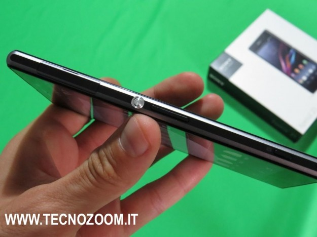 Sony Xperia Z1 spessore
